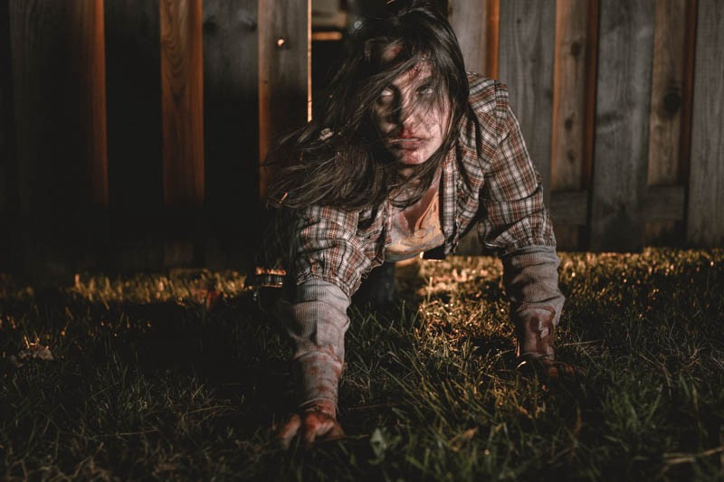 laura-lew-zombies-8350-2015-10-25-Edit